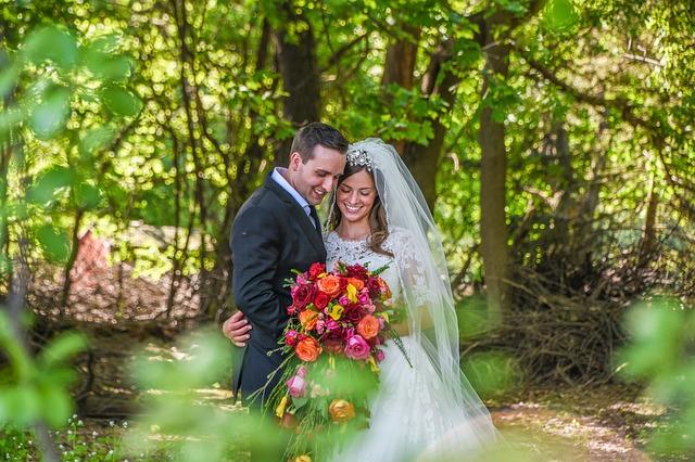 מדיקליניק - הלבנת שיניים לפני חתונה